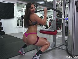 Valerie Kay, Arianna Knight and Bianca gets bange in the gym