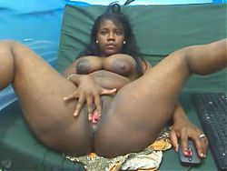 Blackgirl milking in cam #2 Ebony Hilary Squeezing
