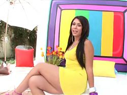 Bouncing booty latina in tight dress